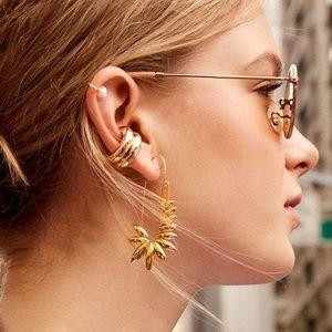 NWOT Anthro BaubleBar Gold Pin Earrings